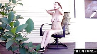 Brunette talks about her sexy experiences as she masturbates