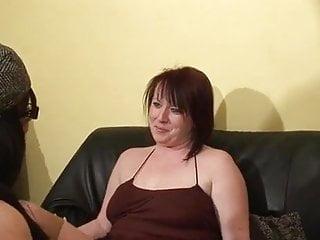 Boobs ans ass Katia 44 ans en fiste anal