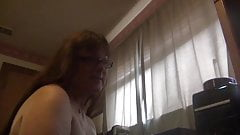 Трибьют спермы перед вебкамерой по скайпу