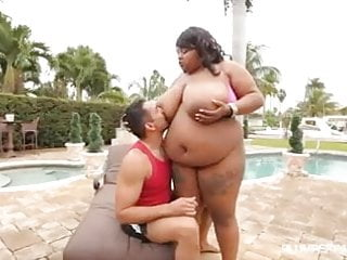Lesbian miami - Huge tit ebony bbw pink kandi fucked by pool in miami