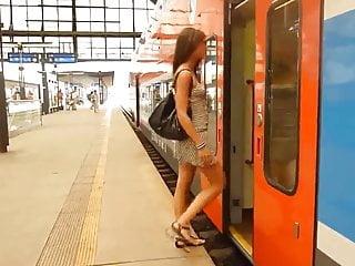 Pussy flasher slut load - Train flasher