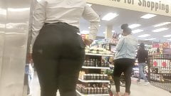 SSBBW Nut Butt in Jewel Osco