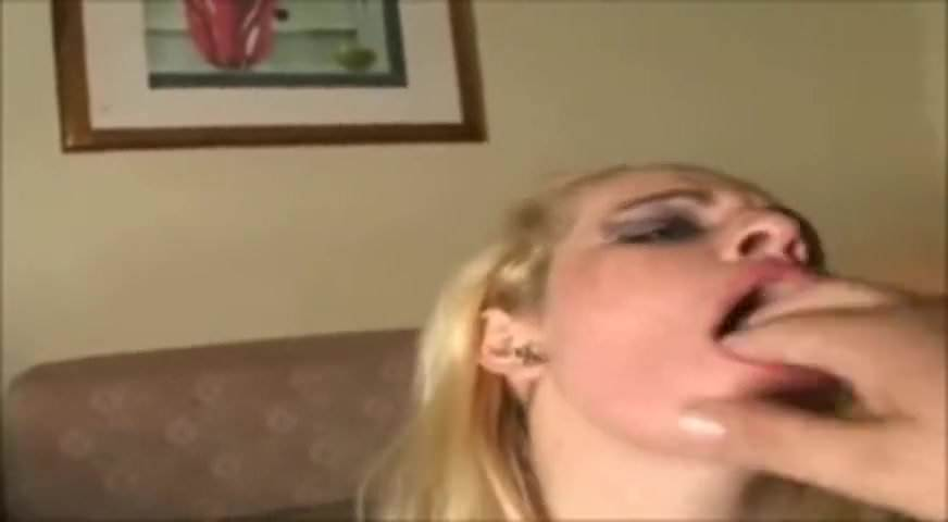 Amateur Latina Cum Mouth