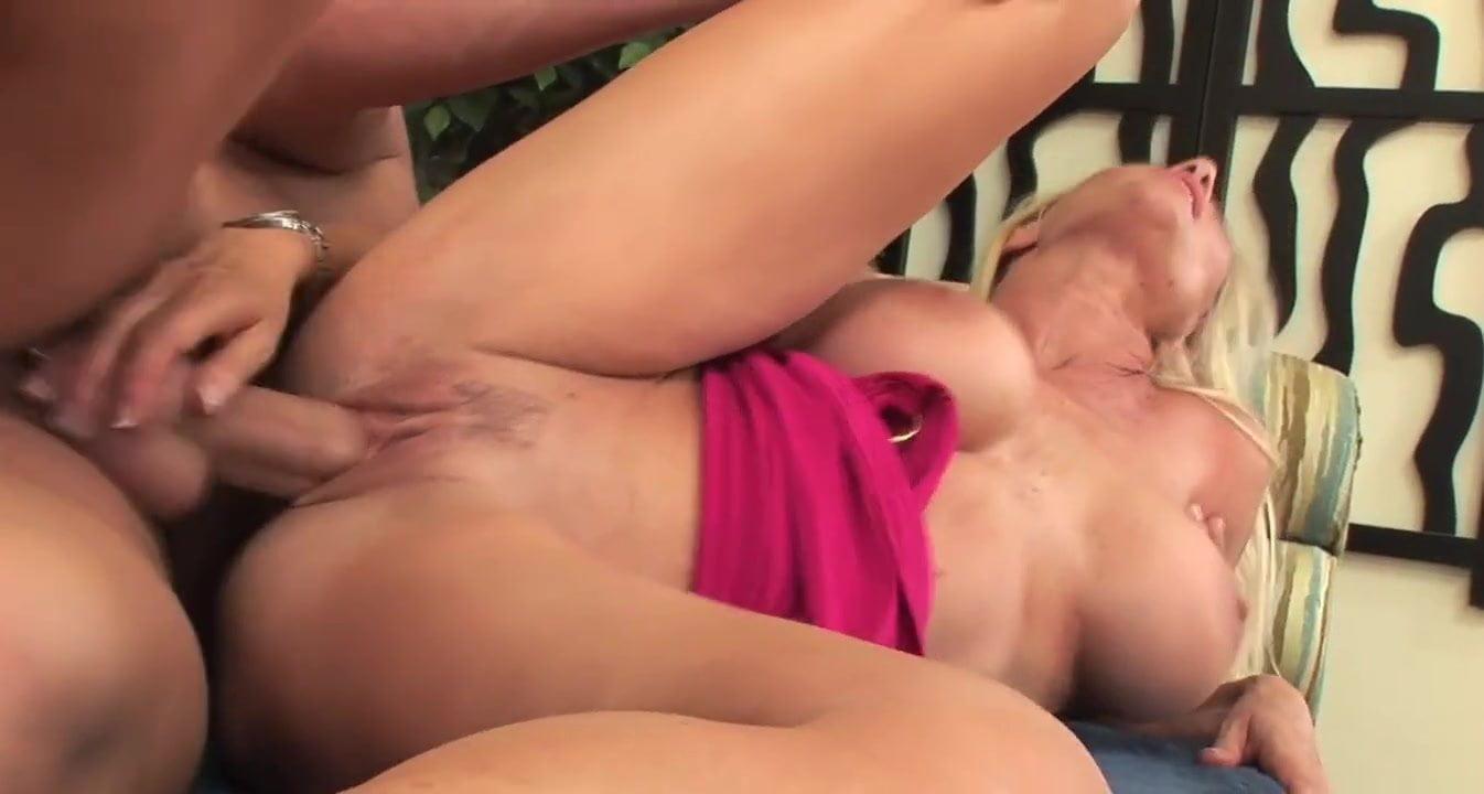 Bubble Butt Blonde Milf