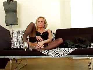 Fingering her shaved pussy - Glamour babe fingering her shaved pussy in nylons