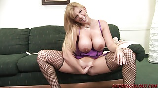 Sara Jay rammed by Blackzilla cock