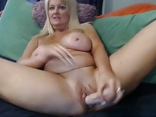 Women playing with tits - Women playing with her dildo and dirty talk 2