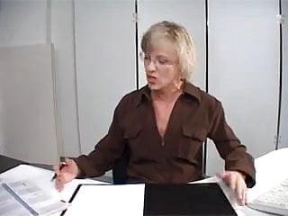 Mature secretarys - Moms50 secretary