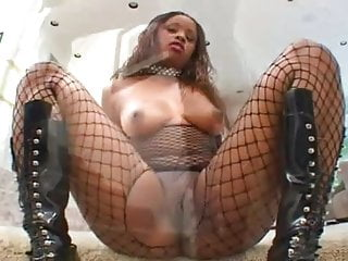 Black fucking see Nina aka shari 3 big booty fucked so nice.must see brmny