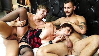 Horny Old Bitch Gets Her Holes Stuffed by Two Cocks