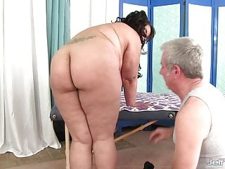 Plumper asians Hairy asian plumper miss lingling gets massage and toys