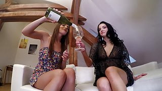 3 Sexy Hot Amateur Girls Home Party Upskirt Booty Cam GoPro