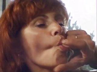 Lesbians omaha ne - Cette mature rousse ne refuse pas la sodomie
