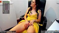 Meine Sekretärin hat ihr Höschen um ihre Knöchel gelegt