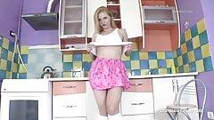HAIRY MILF MISSFIFI IN THE KITCHEN