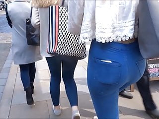 Skin tight porn - Sexy arsed blonde, with skin tight jeans