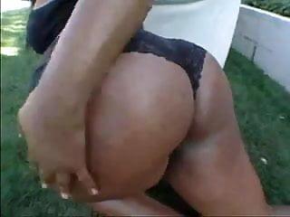 Kina esco nude - Kina karas fine oily butt