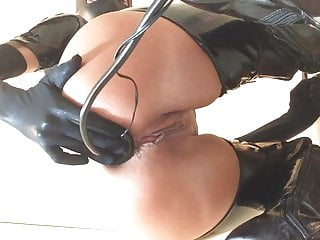 Latex squirt Stretching and squirting
