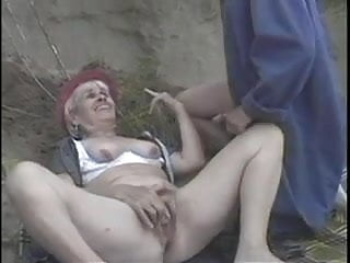 Hairy man butts Blonde granny butt banged outside