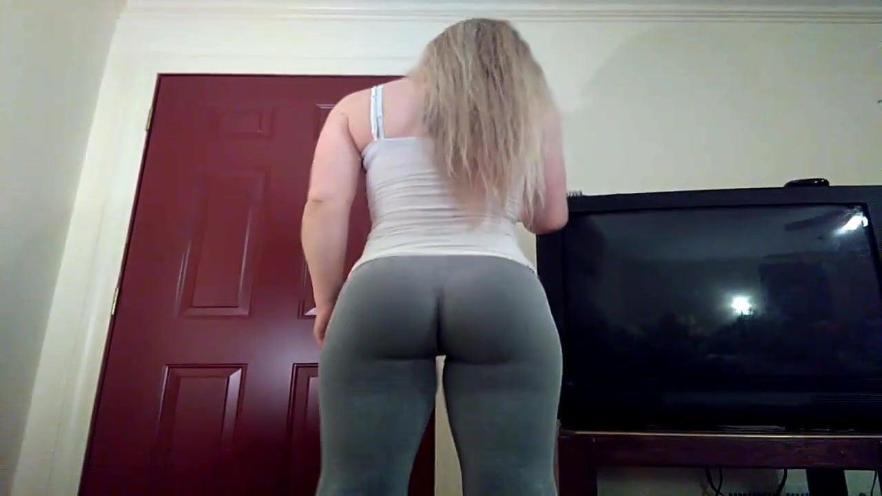girls bending over in leggings