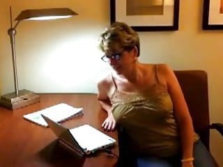 Down syndrome facial ultrasound - Cougar head 12 paying her bills online then going down