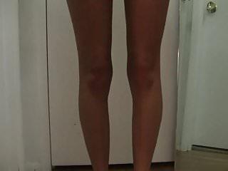 Womens tiny bikini Sexy haley dancing on a tiny bikini