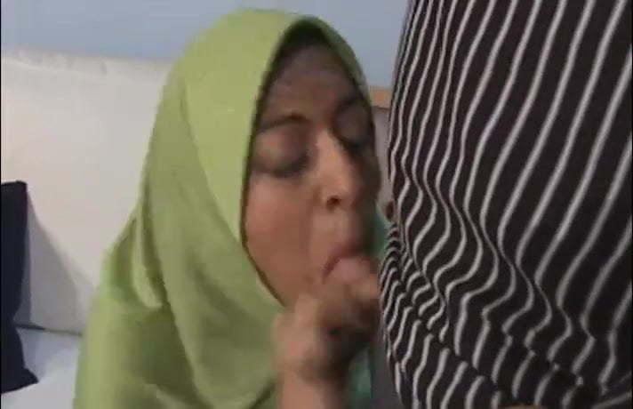 sharimara ein arabischer moslem, hijab schlampe