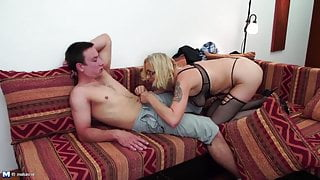 Old slutty step mothers take young big cocks
