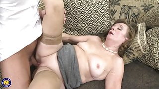 Dirty mature slut gets what she deserved