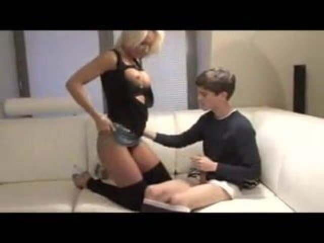 lia ezra sexy teen enjoy cock on camera
