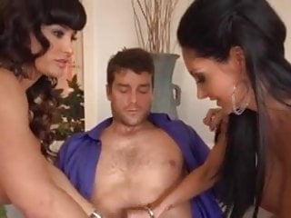 Milfs in illinois - Amazing milfs in a hot threesome