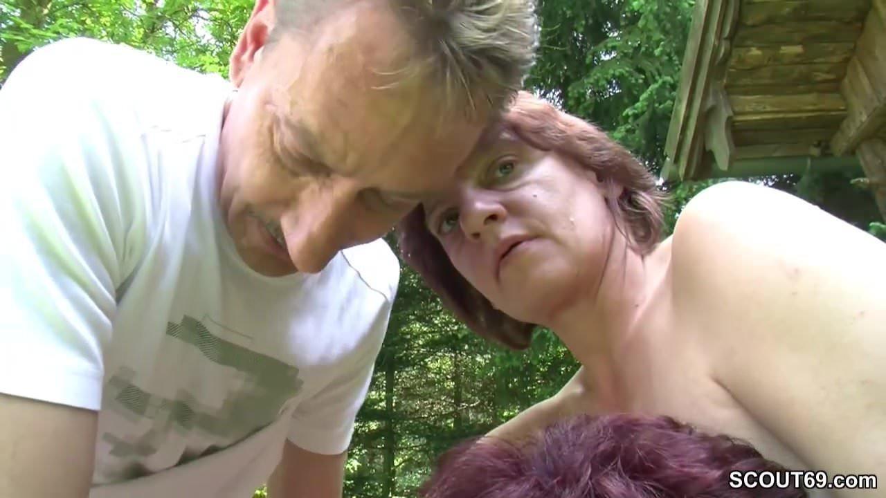Verheiratete Frau Fickt Den Hausmeister