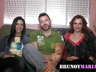 Y me race against breast cancer Brunoymaria me folle a dos amigas juntas y me corri como...