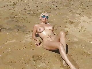 Beach nude tube porno - Blonde milf beach nude