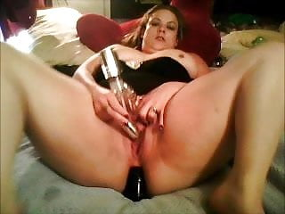 Adult caries Cari jo ross fucking her ass with dildo