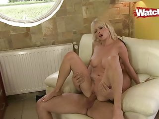 His fuck slut Step dad fuck slut stepdaughter at work and she eats his cum