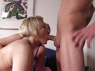Lady boy cum in mouth Reife swinger ladies treiben es wild