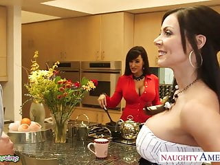 Free lisa anns porn movies Busty babes kendra lust and lisa ann fuck in threesome