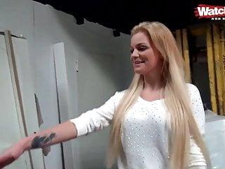 Blond Mädchen Groß Titten Gefickt