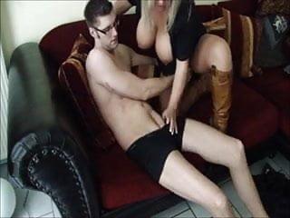 Chicos lingerie - Gordita pechugona con chico.