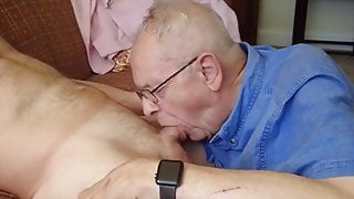 Handsome grandpa (WG) gives an amazing blowjob