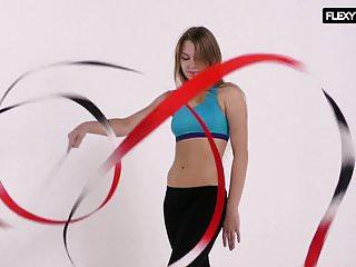 Asian acrobats - German gymnastics and acrobatics