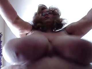 All natural boob movies Horny bbw suzie with all natural 44q big clapping boobs