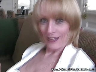 When my facial dimple changed into deep pit - Granny is distracted when sucking cock