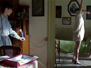 Florence pernel nude pictures En brazos de la mujer madura 1996