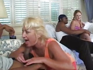 Asshole freepic - Mom dana shares not her daughters asshole with 2 bbcs