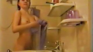 Sexy lbe girl bathing