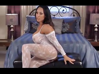 Orgasm toy woman Denise has a very creamy orgasm