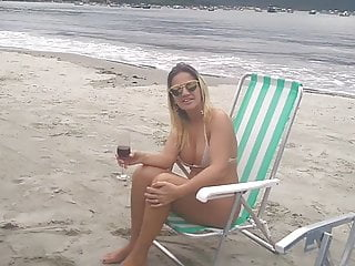 Billabong bikini de - Angelica milf na praia de bikini fio dental se exibindo
