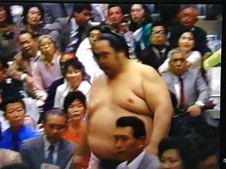 Naked wrestler video The biggest belly sumo wrestler onokuni 1